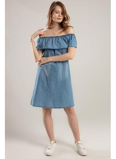 Pattaya Pattaya Kadın Fırfırlı Carmen Yaka Kot Elbise Y20S110-1481 Mavi
